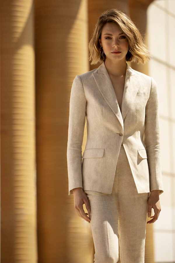 1-beige-linen-woman-suit