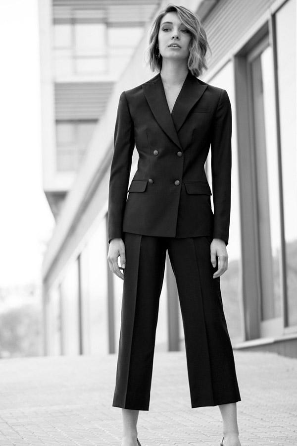 7-wide-leg-pant-suit
