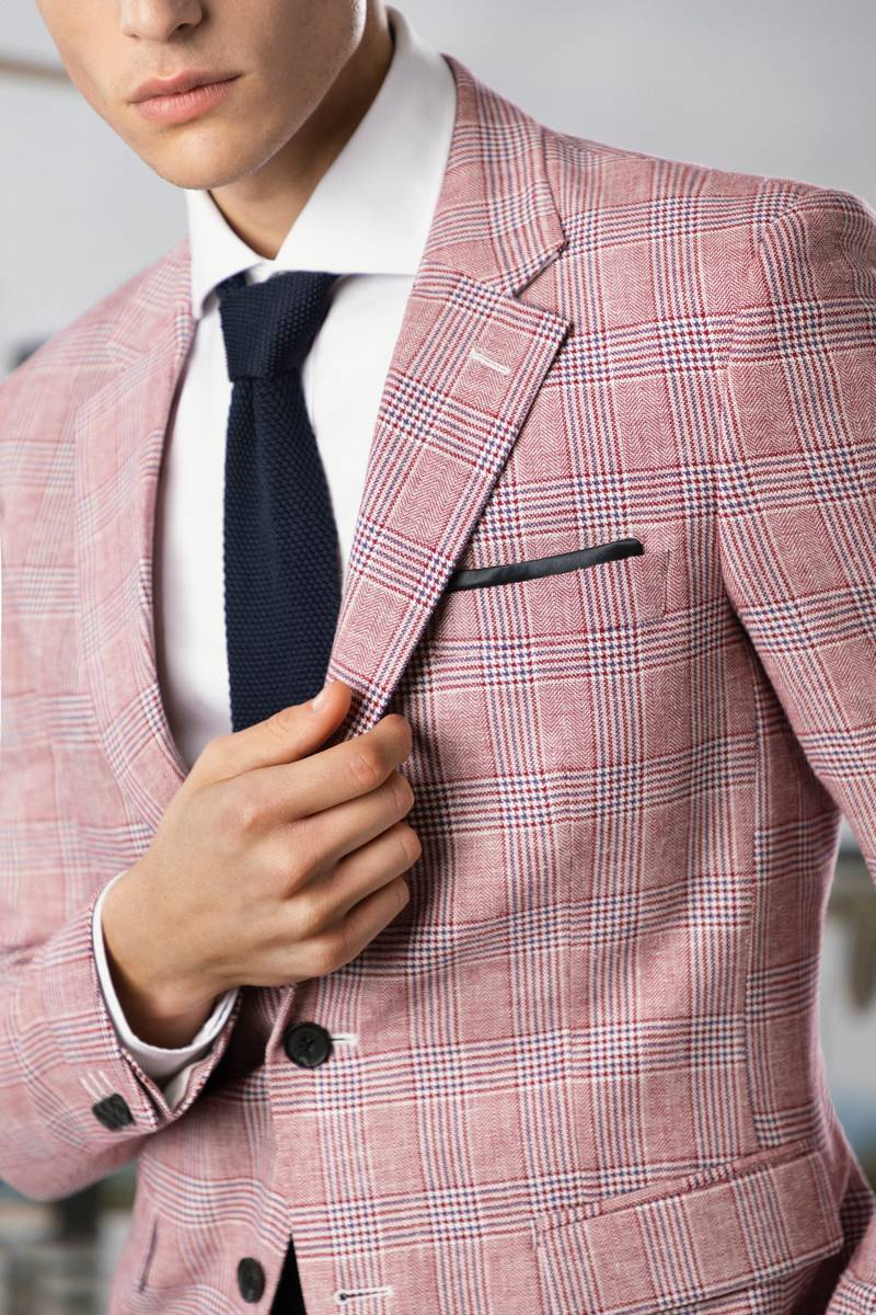 prince of wales linen suit